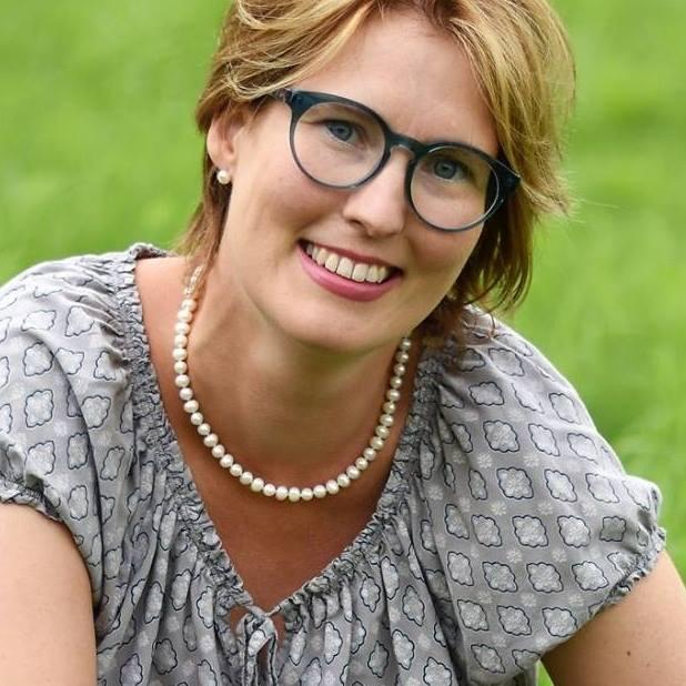 Esther Natschack